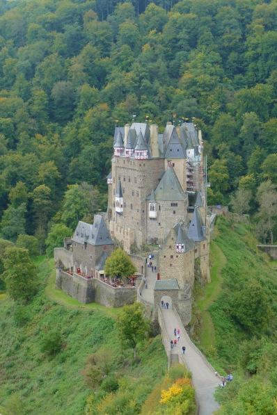 Burg Eltz 10
